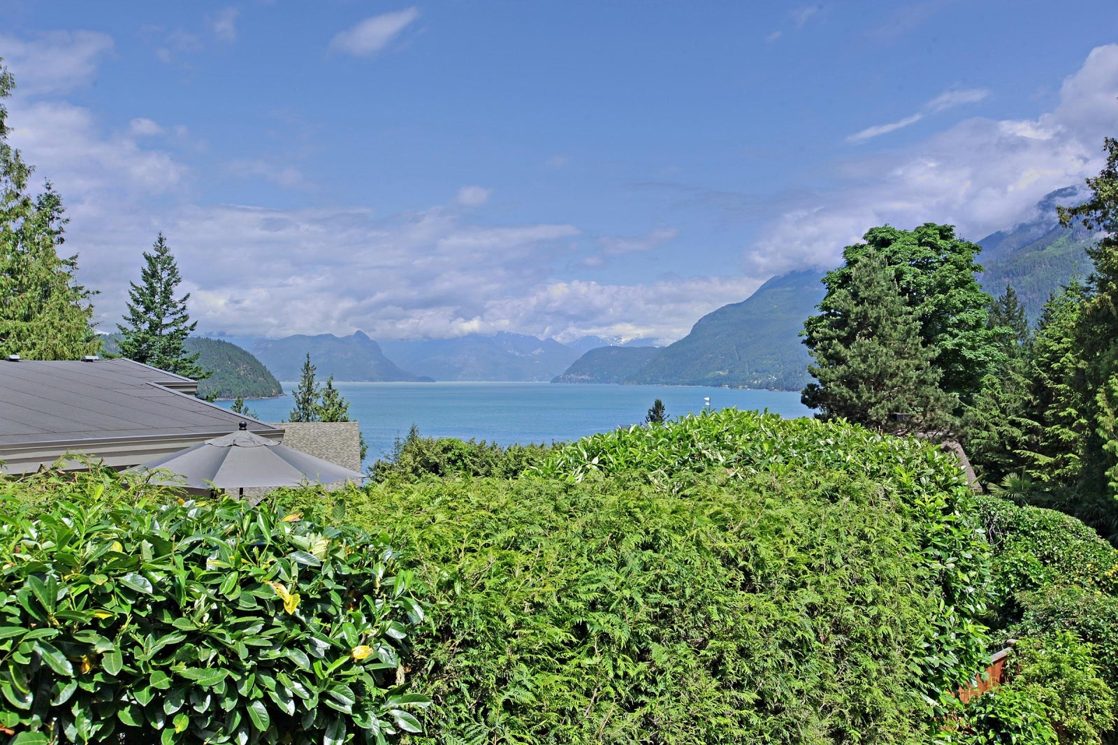 8589 BEDORA PLACE - Howe Sound House/Single Family for sale, 4 Bedrooms (R2177298) #15