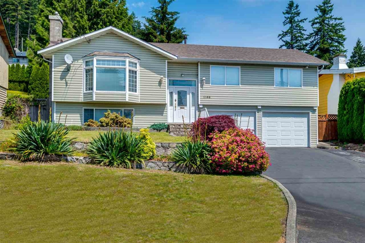 1168 CHAMBERLAIN DRIVE - Lynn Valley House/Single Family for sale, 4 Bedrooms (R2077447) #1