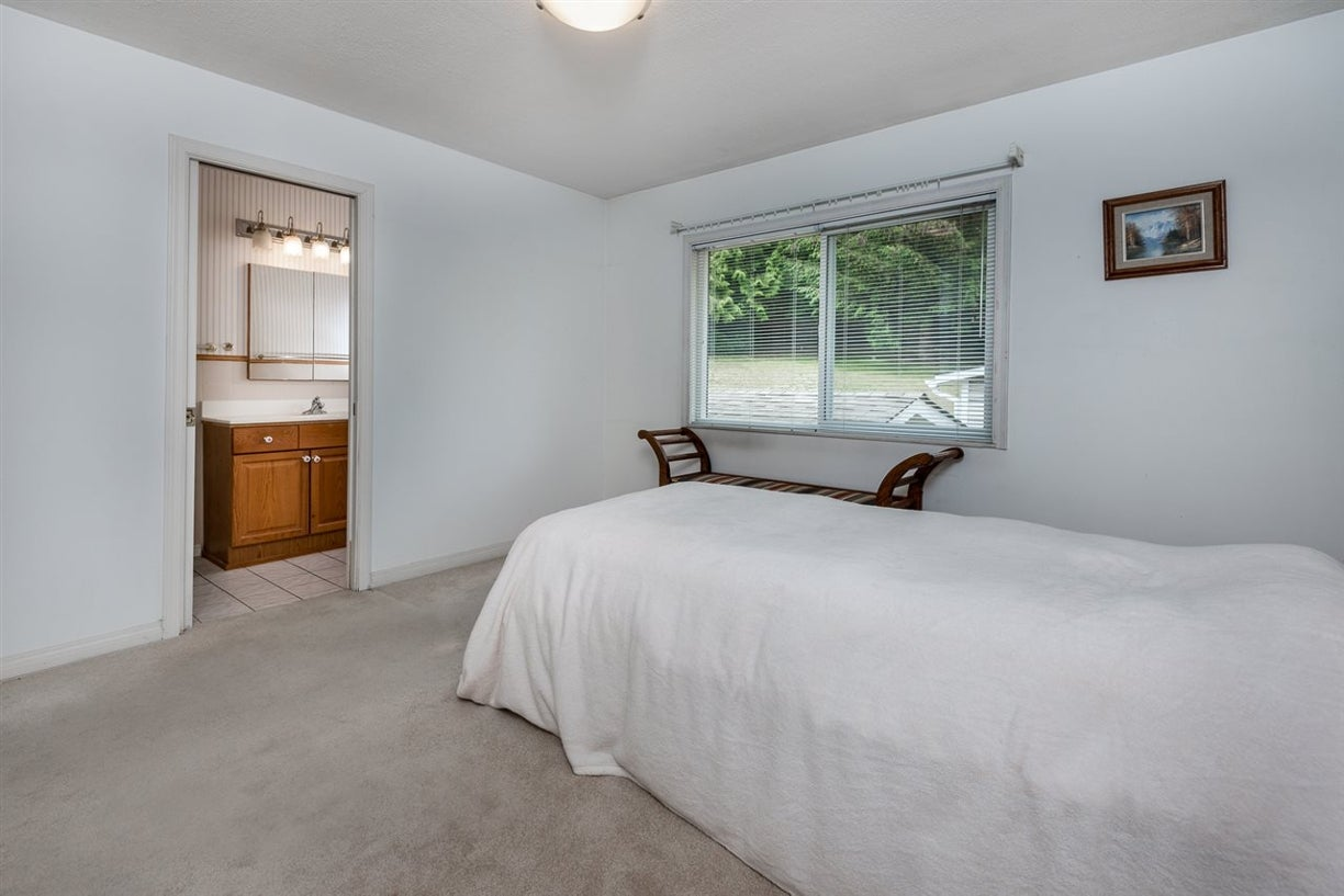 1168 CHAMBERLAIN DRIVE - Lynn Valley House/Single Family for sale, 4 Bedrooms (R2077447) #12