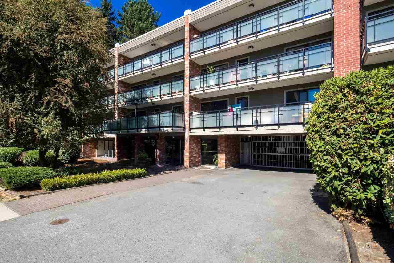 116 360 E 2ND STREET - Lower Lonsdale Apartment/Condo for sale, 2 Bedrooms (R2202247) #1