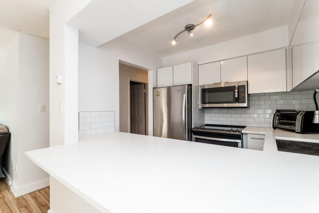 116 360 E 2ND STREET - Lower Lonsdale Apartment/Condo for sale, 2 Bedrooms (R2202247) #10