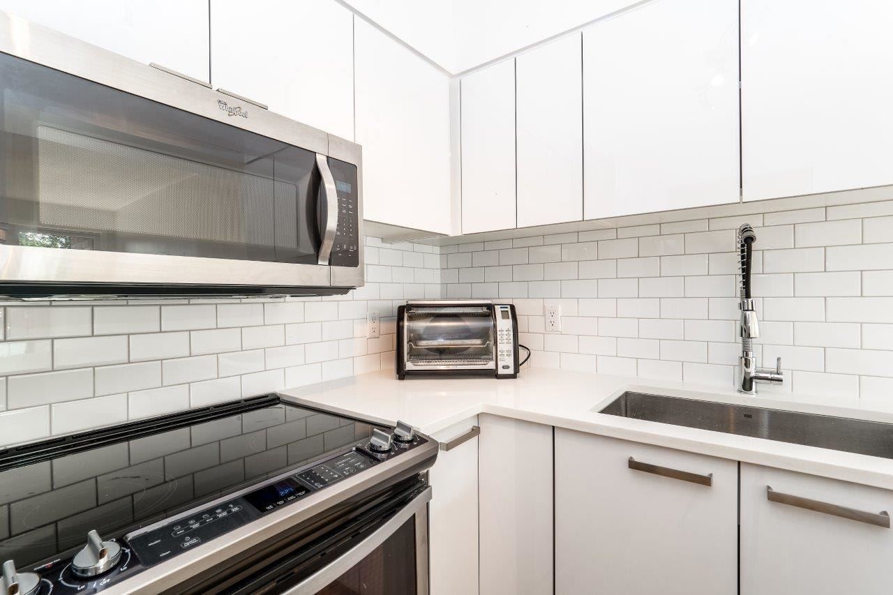 116 360 E 2ND STREET - Lower Lonsdale Apartment/Condo for sale, 2 Bedrooms (R2202247) #13