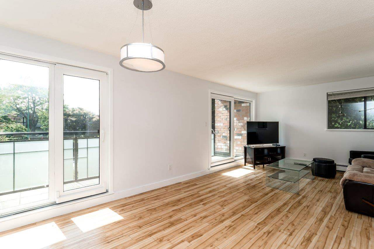 116 360 E 2ND STREET - Lower Lonsdale Apartment/Condo for sale, 2 Bedrooms (R2202247) #9