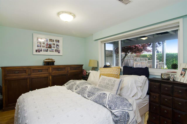 1143 DUCHESS AVENUE - Ambleside House/Single Family for sale, 4 Bedrooms (R2012323) #19