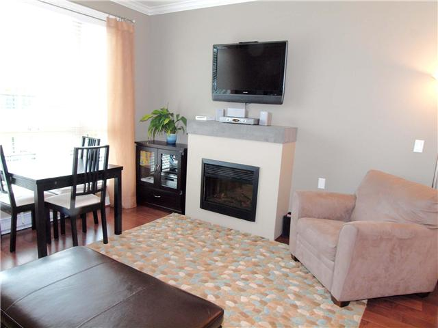 # 35 728 W 14TH ST - Hamilton Townhouse for sale, 3 Bedrooms (V864589) #4