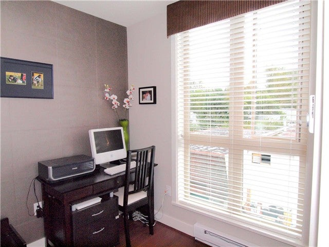 # 35 728 W 14TH ST - Hamilton Townhouse for sale, 3 Bedrooms (V864589) #10