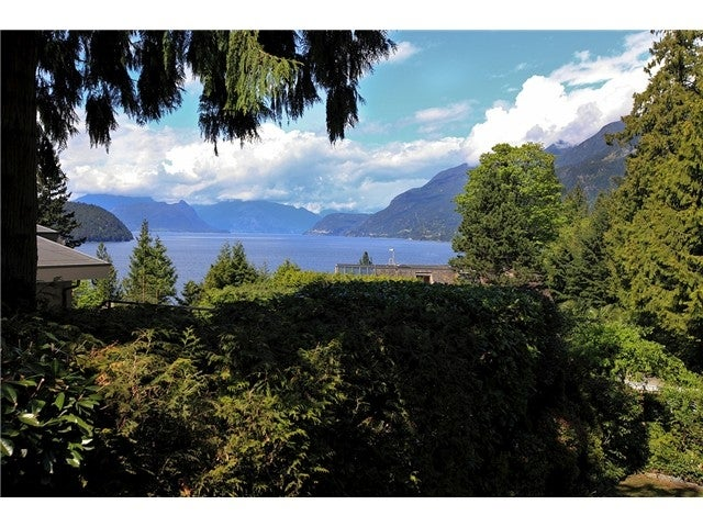 8589 BEDORA PLACE - Howe Sound House/Single Family for sale, 4 Bedrooms (V1120793) #1
