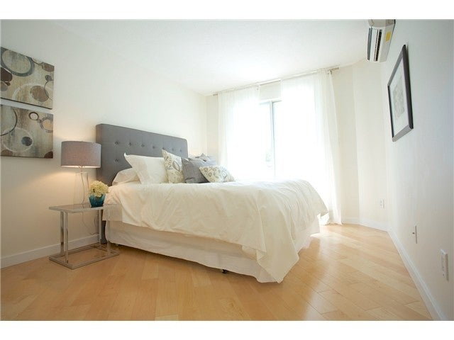 # 3211 33 CHESTERFIELD PL - Lower Lonsdale Apartment/Condo for sale, 1 Bedroom (V1109655) #6