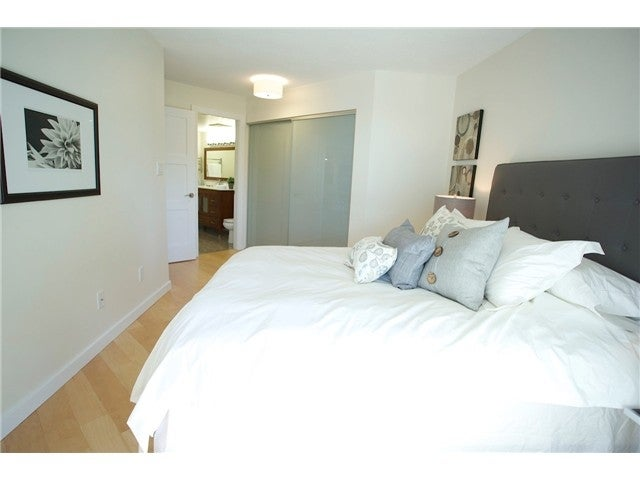 # 3211 33 CHESTERFIELD PL - Lower Lonsdale Apartment/Condo for sale, 1 Bedroom (V1109655) #5